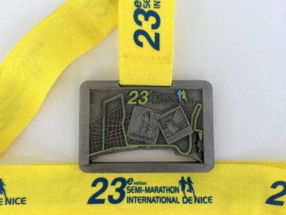 nice halfmarathon 2014 medal